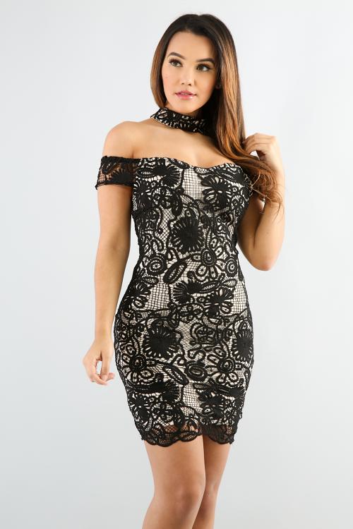 Off Shoulder Choker Lace Dress