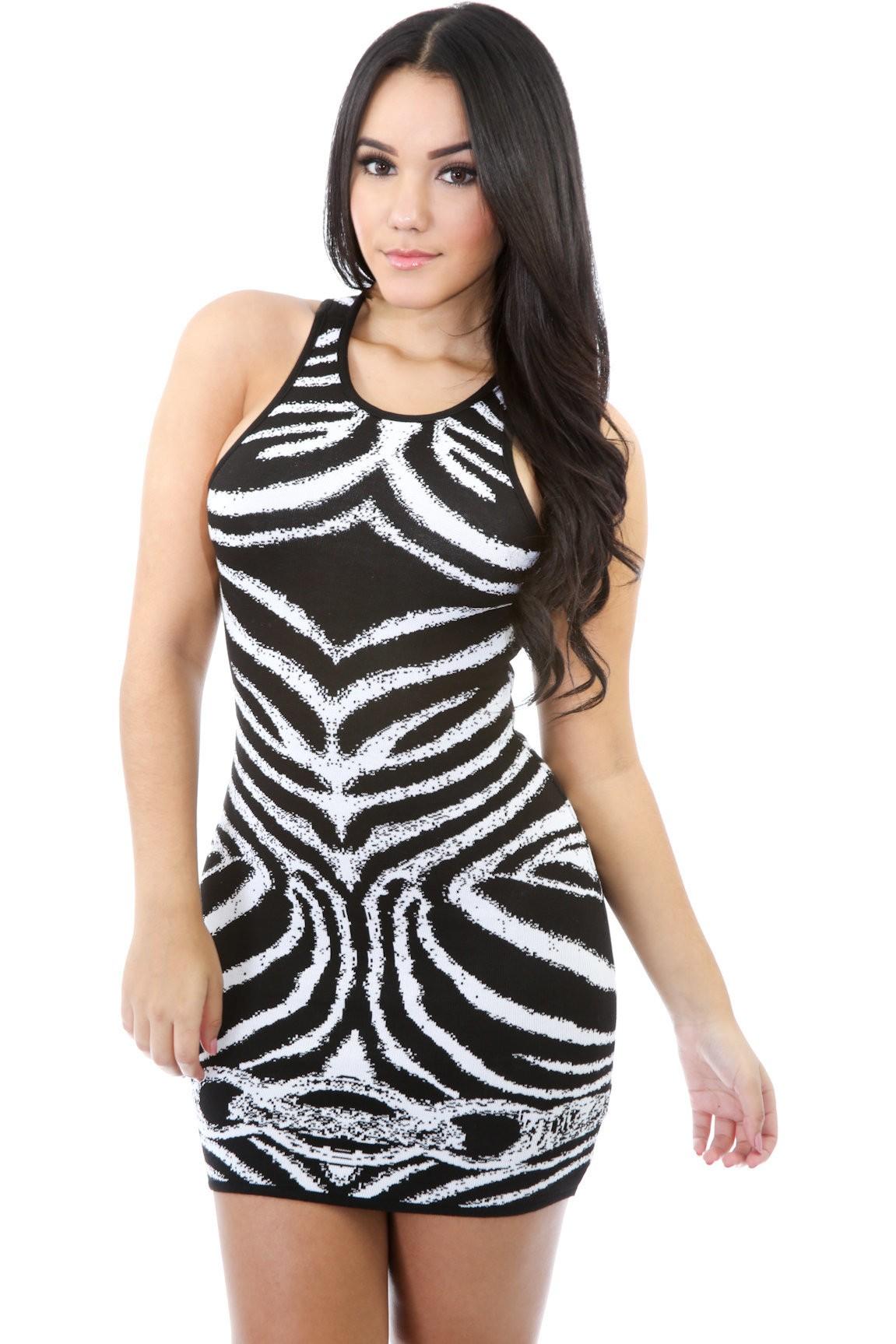 Romantic Curves Lined Dress