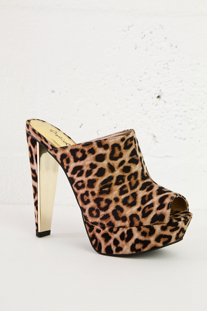 Cheetah Slim Toe Stilettos