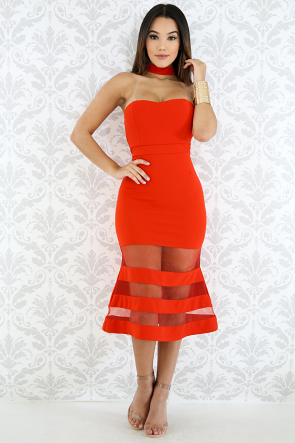 Choker Bell Body-Con Dress