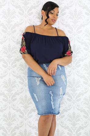 Embroidered Floral Sleeve Top