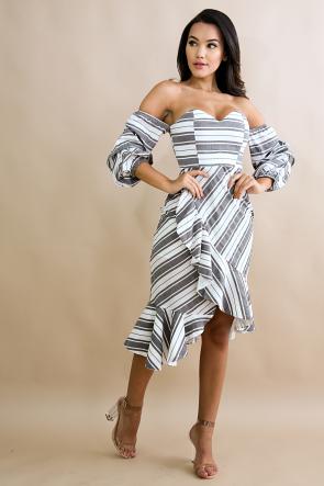 Pinstripe Puffy Scrunch Flare Dress