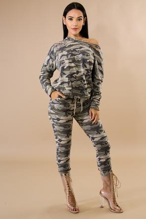 Slashed Camouflage Jogger Set